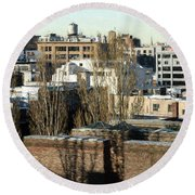Cityscape Queens Round Beach Towel