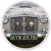 Classic Cars - Rover 110  Round Beach Towel
