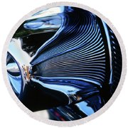 Classic Car Chrome Abstract Reflected Grill Round Beach Towel