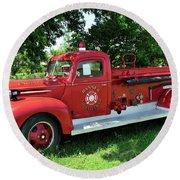 Classic Fire Truck Round Beach Towel