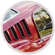 Classic Mustang Fastback Round Beach Towel