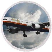 Classic Twa Boeing 757-231 Round Beach Towel