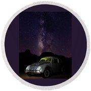 Classic Vw Bug Under The Milky Way Round Beach Towel