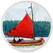 Classical Wooden Boat Tacksamheten Round Beach Towel