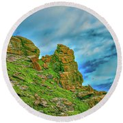 Cliff #h0 Round Beach Towel