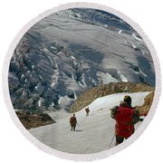 T-204805-climbing Party Mt. Rainier  Round Beach Towel