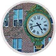 Clock At Port Warwick Round Beach Towel