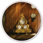 Clockmaker - Clocks Round Beach Towel