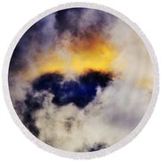 Cloud Sculping Round Beach Towel