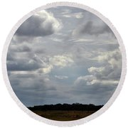 Cloudy Day At Dinenr Island Ranch Round Beach Towel