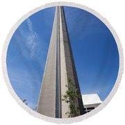 Cn Tower Toronto Ontario Round Beach Towel