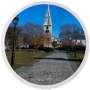 Cobblestone To Trinity Church Newport Rhode Island Round Beach Towel