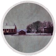Codori Farm At Gettysburg In The Snow Round Beach Towel