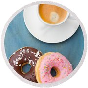 Coffee And Baked Donuts Round Beach Towel