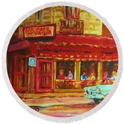 Coffee Bar On The Corner Round Beach Towel