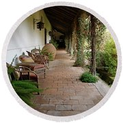 Colchagua Valley Porch Round Beach Towel