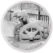Cold Disposition Round Beach Towel