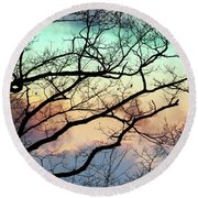 Cold Hearted Bliss Round Beach Towel