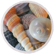 Collecting Shells Round Beach Towel
