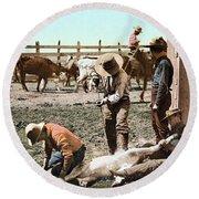 Colorado: Branding Calves Round Beach Towel