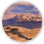 Colorado's Great Sand Dunes Shadow Of The Clouds Round Beach Towel