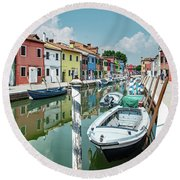 Colorful Homes Of Burano Round Beach Towel