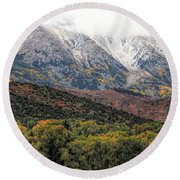Colors Of Autumn On Mcclure Pass Round Beach Towel