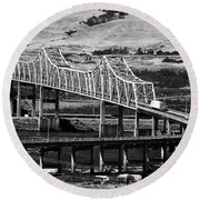 Columbia River Crossing Round Beach Towel