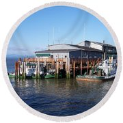 Columbia River Port Round Beach Towel