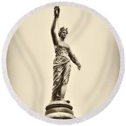 Columbia Statue Atop Memorial Hall Round Beach Towel
