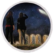 Comet Over The City Round Beach Towel