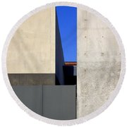 Contemporary Art Museum St. Louis Round Beach Towel
