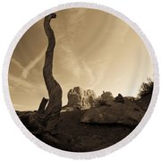Contrails And Driftwood Round Beach Towel