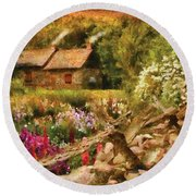 Cottage - There's No Place Like Home Round Beach Towel