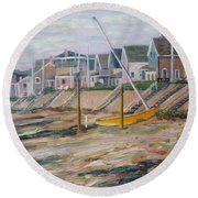 Cottages Along Moody Beach Round Beach Towel
