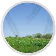Country Beauty Round Beach Towel