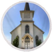 Country Church Round Beach Towel