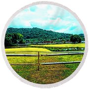 Country Field Round Beach Towel