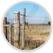 Country Gate Round Beach Towel