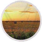 Country Pasture At Sunset Round Beach Towel