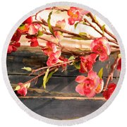 Country Quince Round Beach Towel