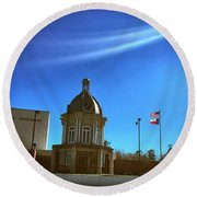 Courthouse And Flags Round Beach Towel