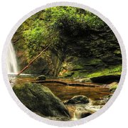 Courthouse Waterfall Round Beach Towel