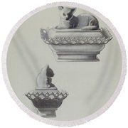 Covered Dish (cat) Round Beach Towel