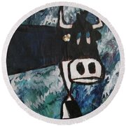 Cow With A Pearl Earring Round Beach Towel