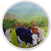 Cows And English Landscape Round Beach Towel