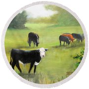 Cows In Pasture Round Beach Towel