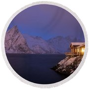 Cozy Cabin By The Fjord Round Beach Towel