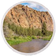 Crooked River II Round Beach Towel