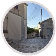 Cross Road In Sicily Round Beach Towel